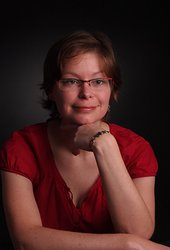 c237892d36-auteurs-JessicaCollins